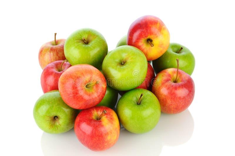 堆大风和格兰尼史密斯苹果苹果 免版税图库摄影