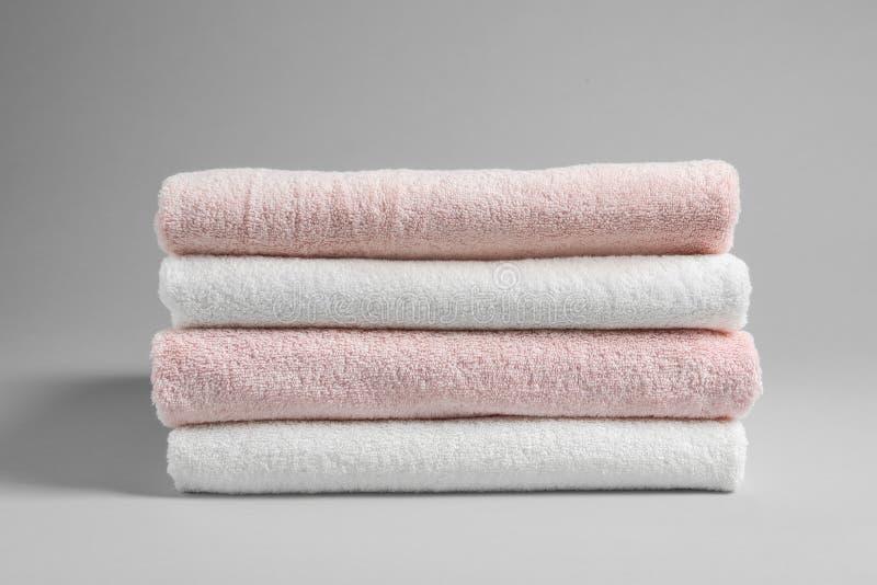 堆新鲜的毛巾 免版税库存图片