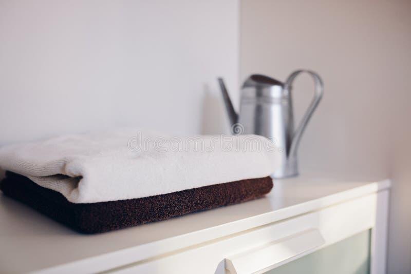 堆新鲜的清洁毛巾 免版税图库摄影