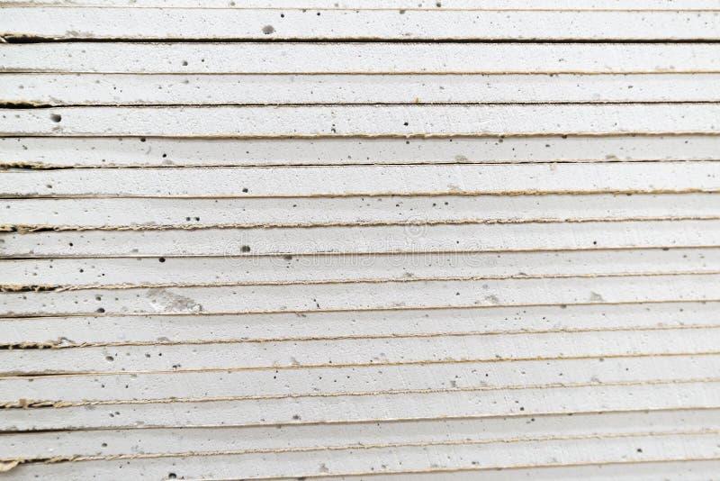 堆石膏板为建筑做准备 库存照片
