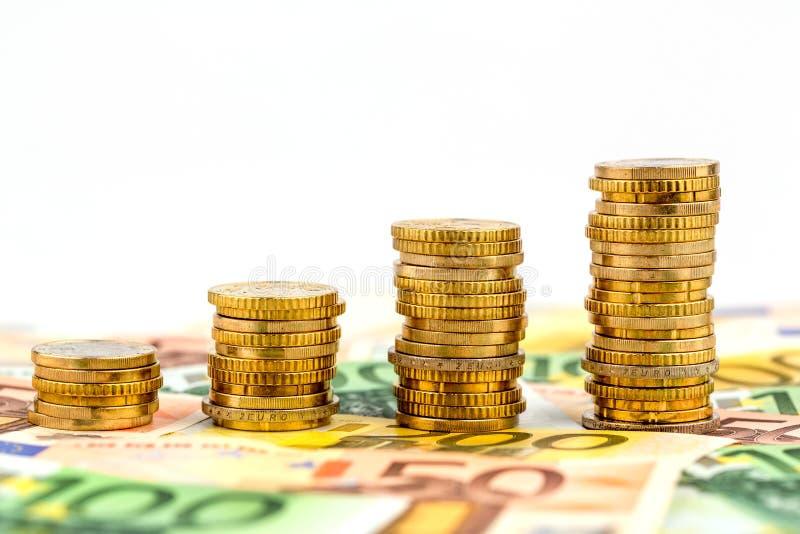 堆硬币,上升的曲线 免版税库存图片