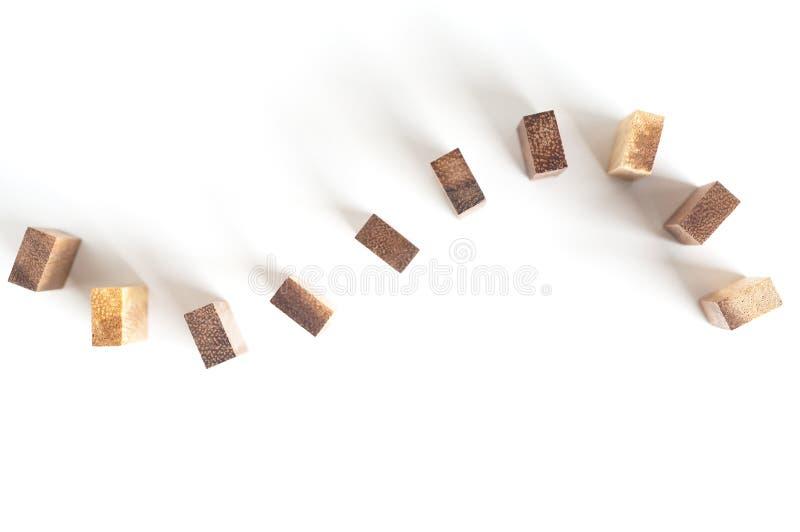堆积在曲线线的木刻 库存照片