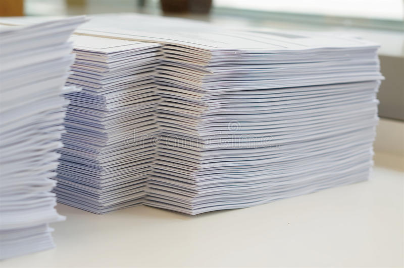 堆纸活页练习题 免版税库存照片