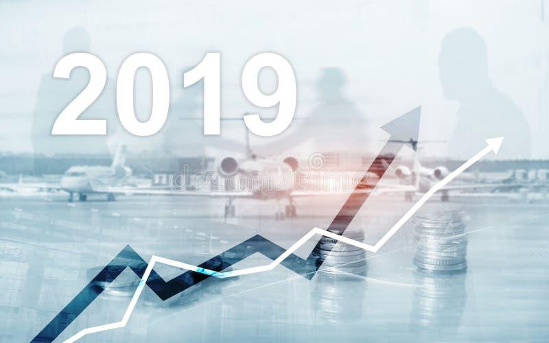 堆财务和银行业务的,投资概念硬币 企业成长年2019年 库存例证