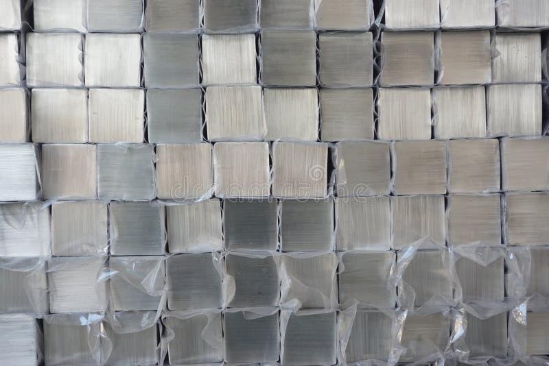 堆金属立方体 库存照片