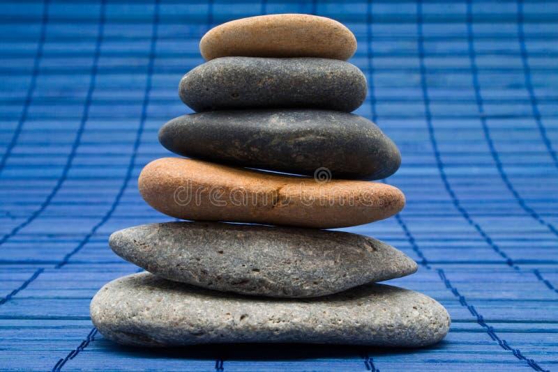 堆长圆形石头 库存照片