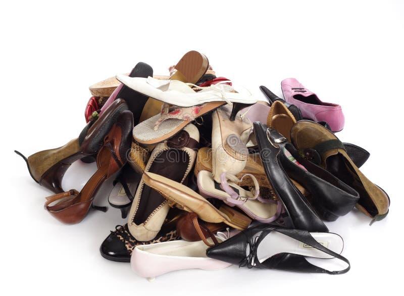 堆鞋子 免版税库存照片