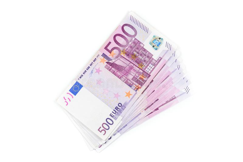 堆500欧元钞票 在白色背景隔绝的欧洲货币金钱钞票 免版税库存照片