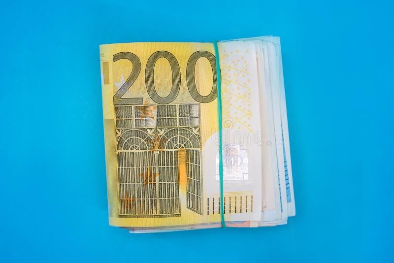 堆200被隔绝的欧元钞票 库存图片
