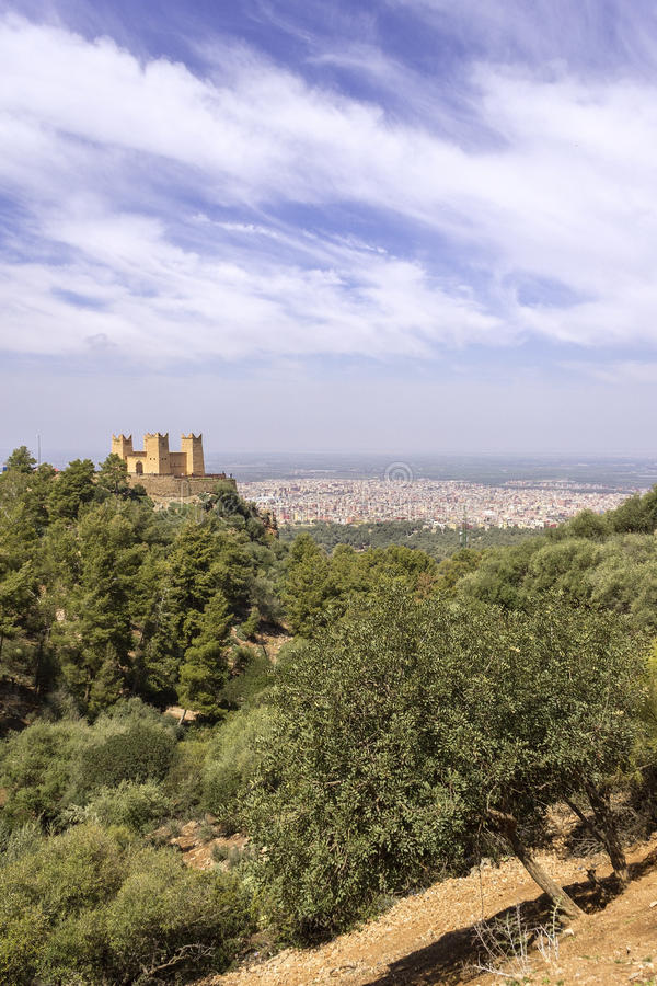 堡垒在Asserdoun命名了Kasbah el自己的Ras,贝尼迈拉勒 免版税库存照片