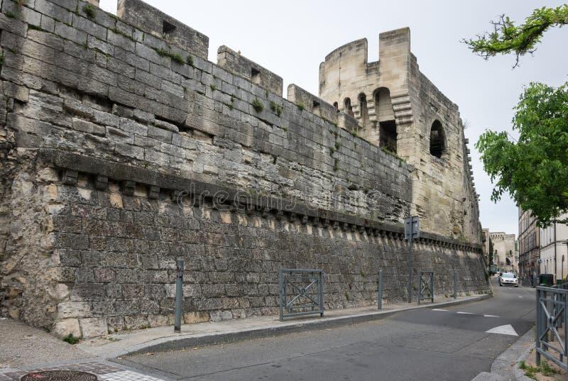 堡垒墙壁在阿维尼翁 免版税库存照片