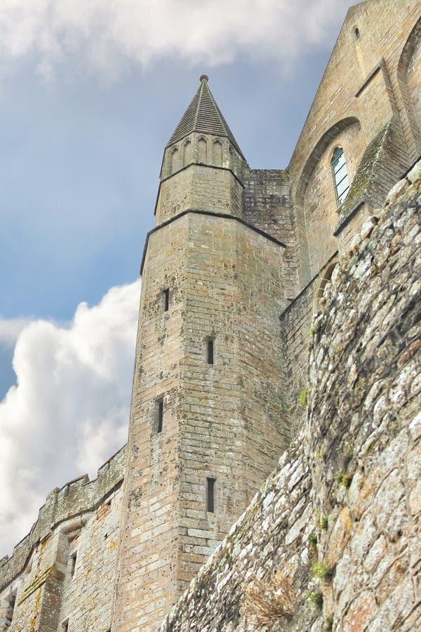 Download 堡垒墙壁 库存照片. 图片 包括有 哥特式, 历史, britte, 堡垒, 蓝色, 修道院, 诺曼底, 地标 - 30331132