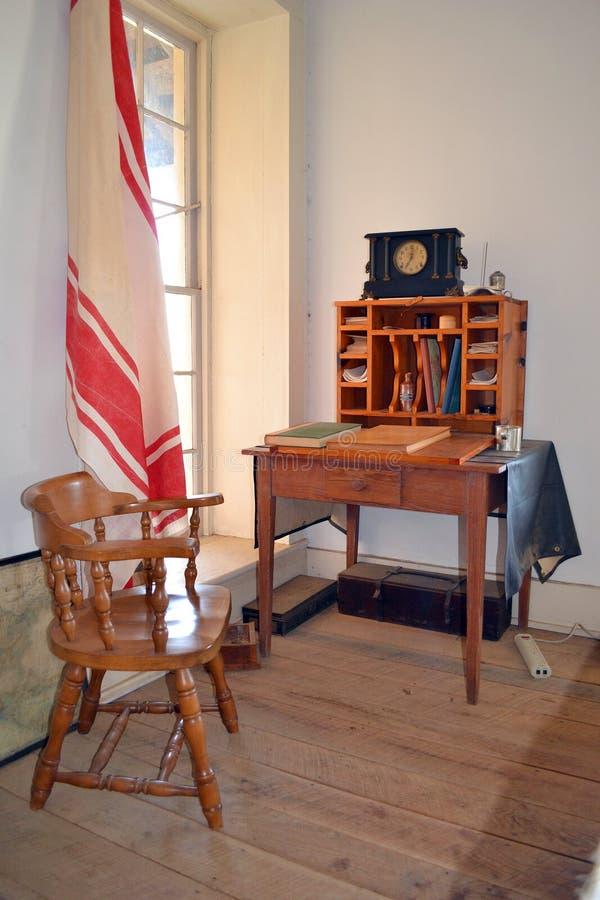 堡垒里查森军医院官员的书桌 免版税库存图片