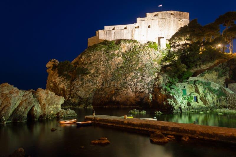 堡垒Lovrijenac在晚上 杜布罗夫尼克市 克罗地亚 免版税库存图片