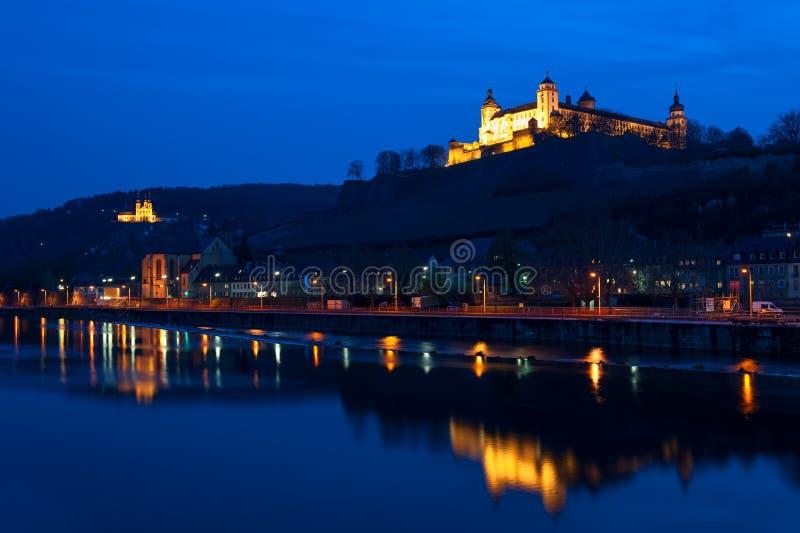 堡垒Marienberg反射在维尔茨堡,德国 库存图片
