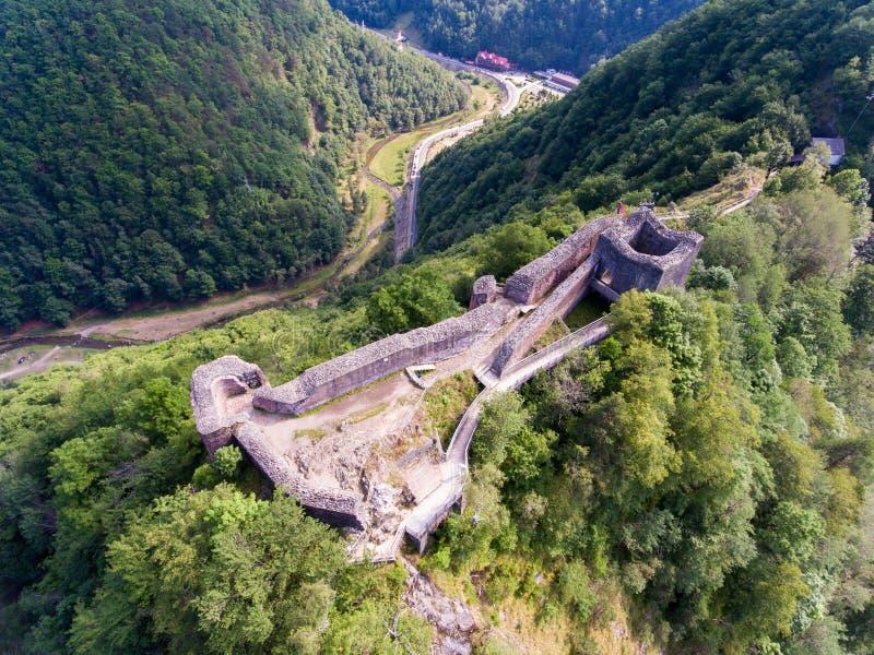 堡垒Poenari,罗马尼亚鸟瞰图  图库摄影