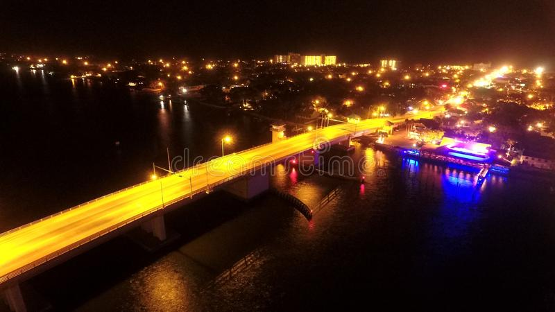 堤道桥梁 免版税库存图片