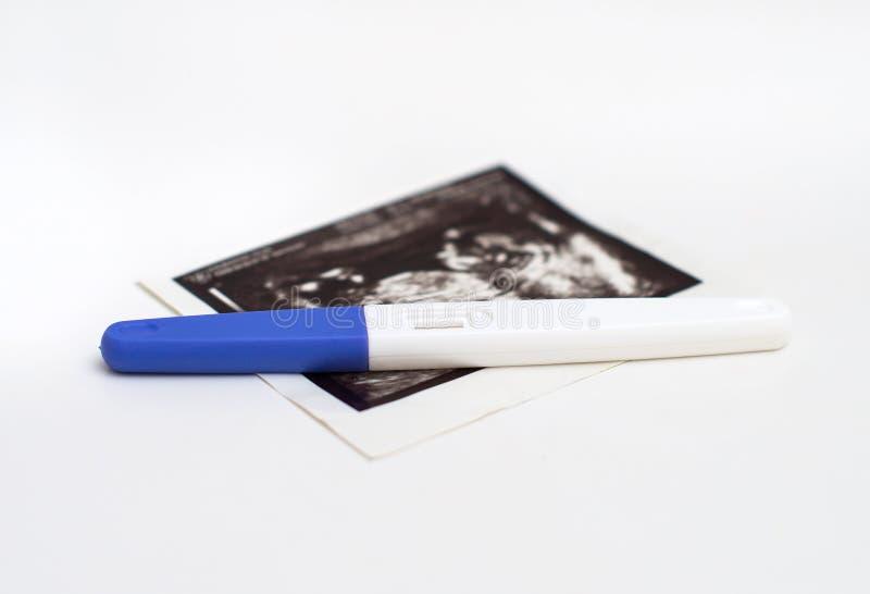 塑料妊娠试验 免版税库存图片
