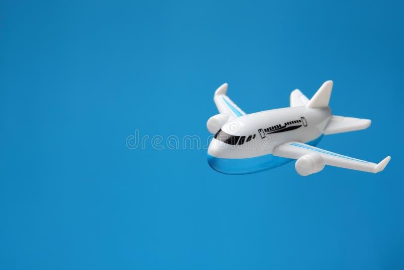 塑料玩具飞机背景 图库摄影