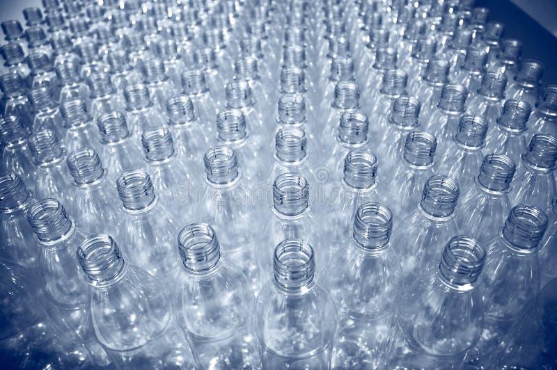 塑料瓶的批次 库存照片