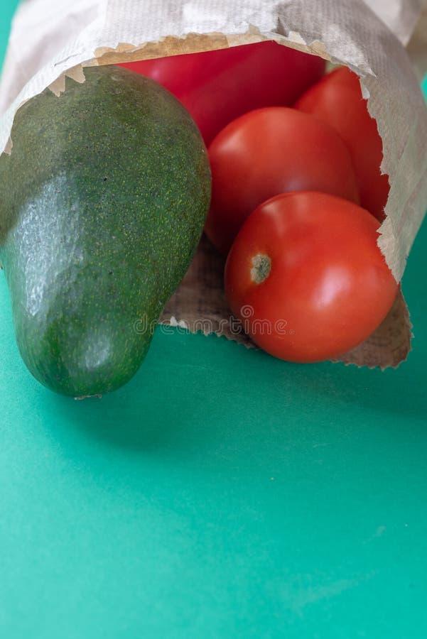 塑料自由购物 农夫有机产品 较不塑料 库存图片