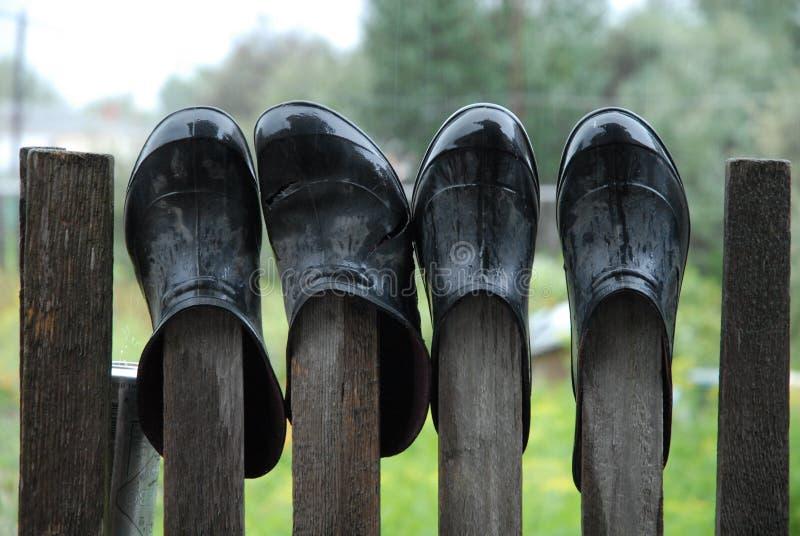 塑胶套鞋 免版税图库摄影