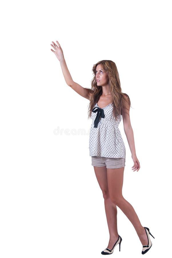 塑造妇女简而言之和圆点女衬衫 库存照片
