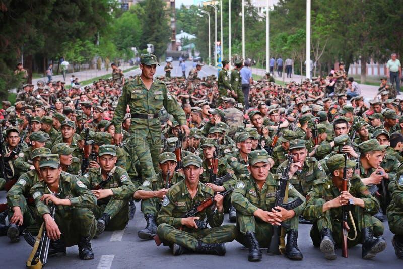 塔吉克斯坦:军事游行在杜尚别 库存图片
