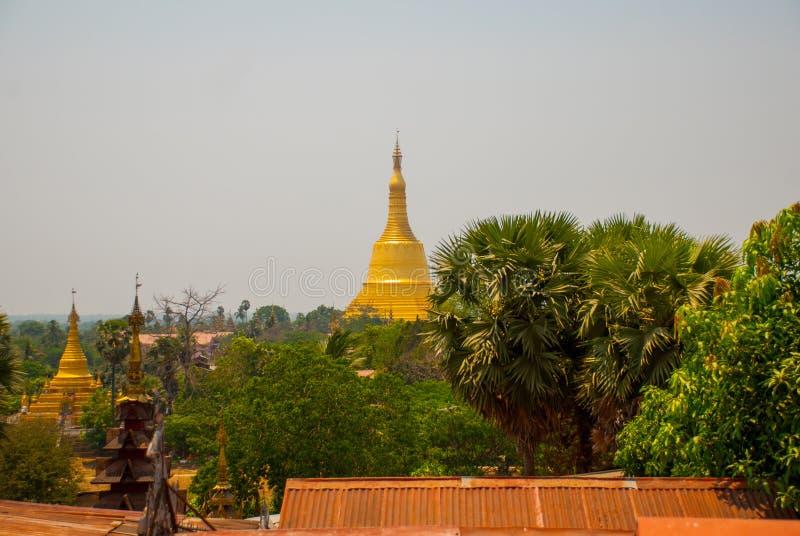 塔在Bago, Pegu镇  缅甸 缅甸 图库摄影