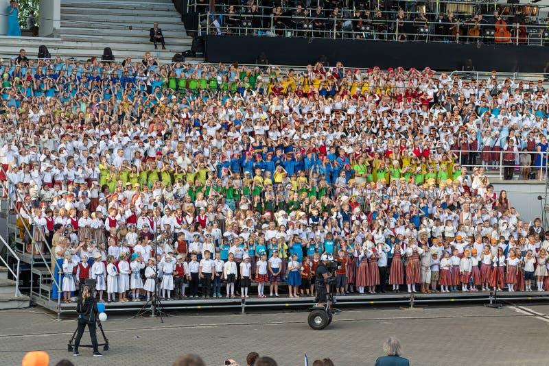 塔尔图/爱沙尼亚- 2019年6月22日:塔尔图歌曲节日 库存照片
