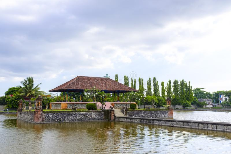 塔曼Mayura水寺庙在马塔兰 免版税库存图片