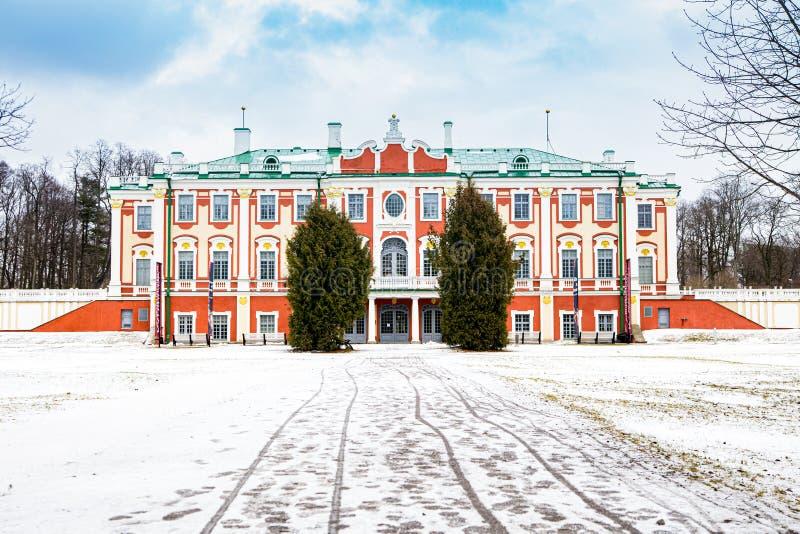 塔林卡德里奥格宫和艺术博物馆 免版税库存照片