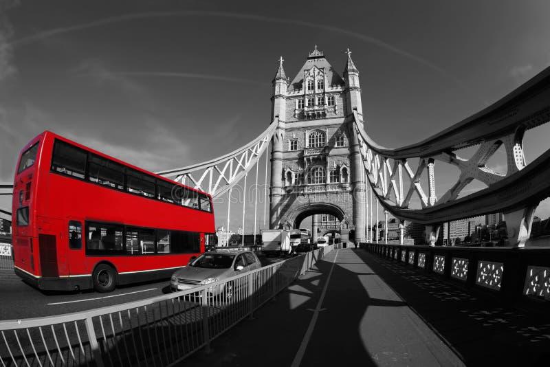 塔桥梁在伦敦,英国 库存图片