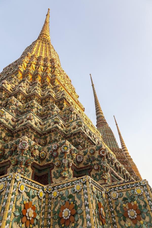 塔的细节与富有的装饰的 免版税库存图片