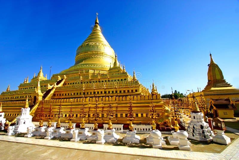 塔Shwezigon Paya, Bagan,缅甸(缅甸)。 图库摄影