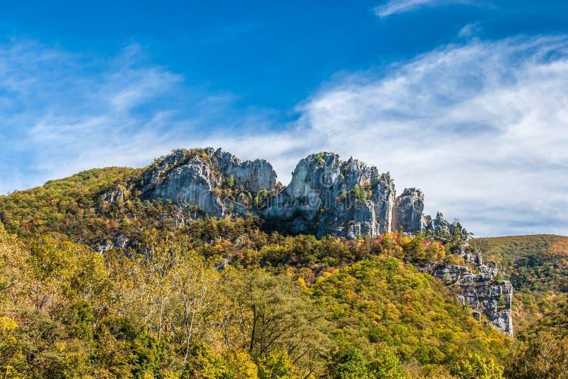 塞内卡岩石在秋天 库存照片
