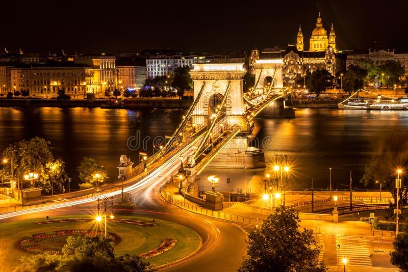 塞切尼链桥在晚上,布达佩斯 图库摄影