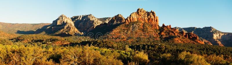 塞多纳全景高res横幅样式风景背景 免版税库存图片