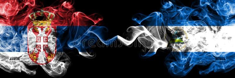 塞尔维亚对尼加拉瓜,肩并肩被安置的尼加拉瓜的发烟性神秘的旗子 厚实色柔滑抽塞尔维亚人的组合和 皇族释放例证