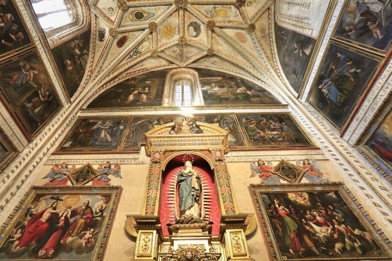 塞戈维亚大教堂内部在西班牙 库存照片