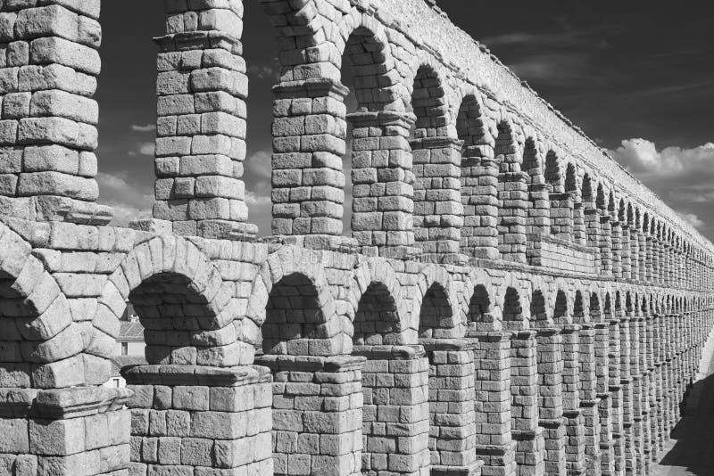 塞戈维亚西班牙:罗马渡槽 库存照片