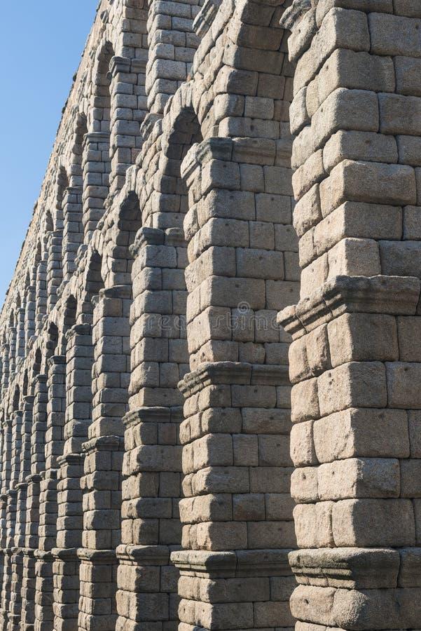 塞戈维亚西班牙:罗马渡槽 图库摄影