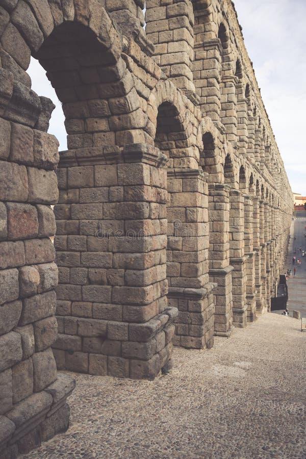 塞戈维亚,卡斯蒂利亚利昂,西班牙罗马渡槽桥梁  免版税库存图片