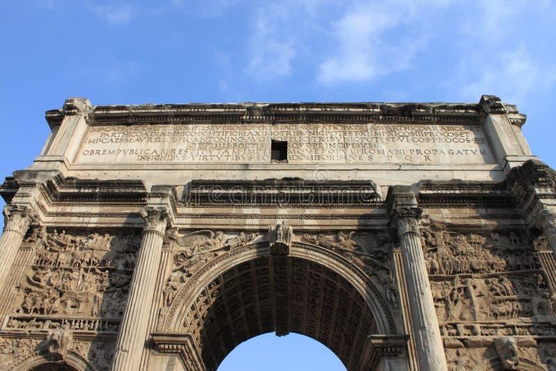 塞普蒂米乌斯・塞维鲁曲拱在罗马 库存图片