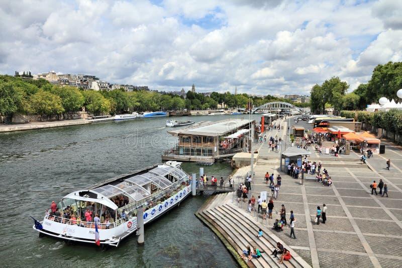 巴黎-塞纳河 库存照片