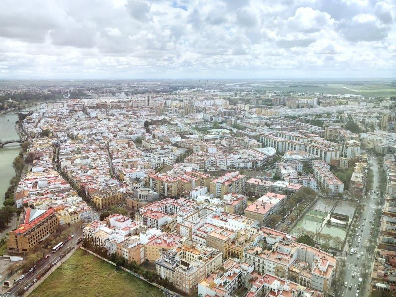 塞维利亚从上面在一下雨天,安大路西亚 图库摄影