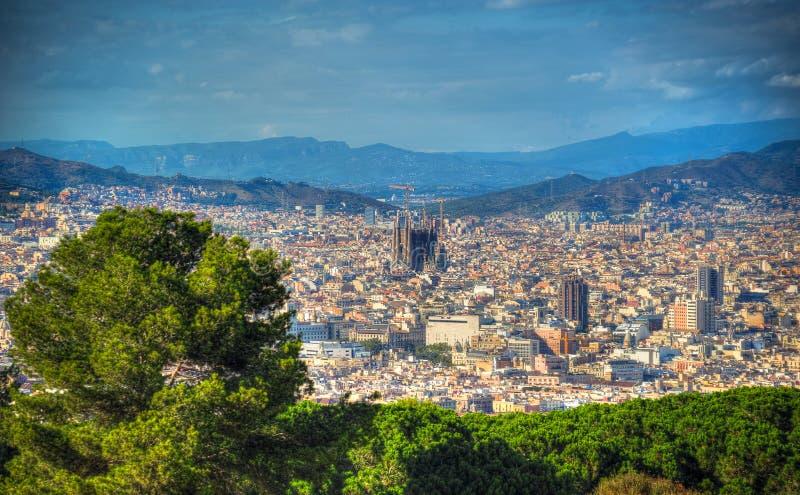 巴塞罗那和Sagrada Familia看法  卡塔龙尼亚,西班牙 图库摄影
