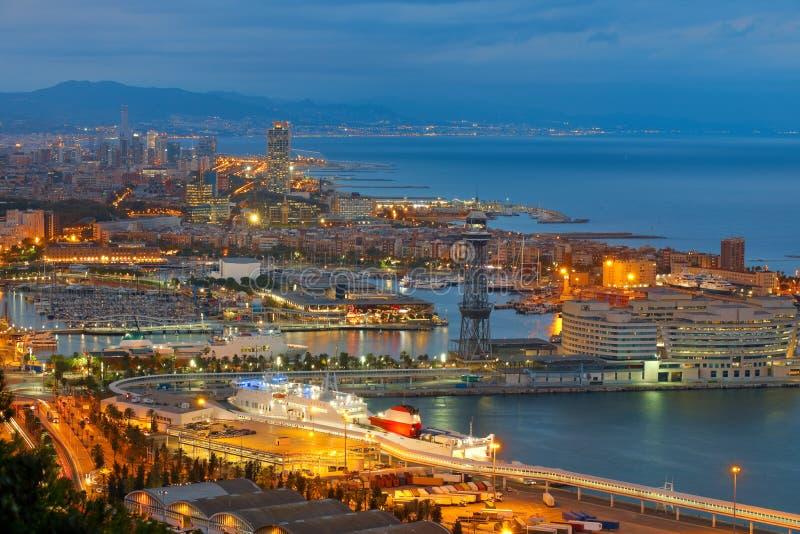 巴塞罗那在晚上 免版税库存图片
