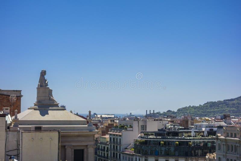 巴塞罗那屋顶都市风景 库存图片