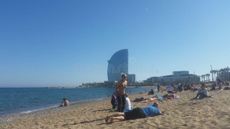 巴塞罗那海滩和旅馆 免版税库存照片